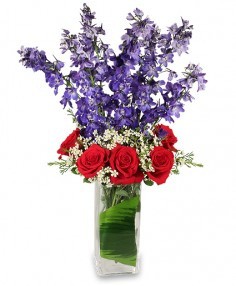 AMERICAN SPIRIT Arrangement in Covington, WA | BEE'S FLORIST