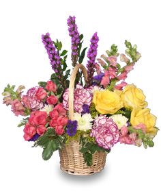 GARDEN REVIVAL Basket of Flowers in Blythewood, SC | BLYTHEWOOD FLORIST
