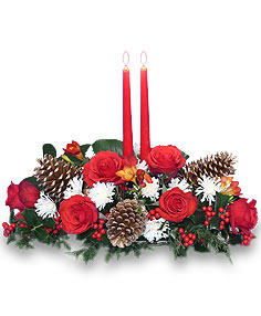 YULETIDE GLOW Centerpiece in Hockessin, DE | WANNERS FLOWERS LLC