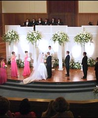 Altar/Pedestals/Columns Wedding Ceremony Flowers in Ottawa, ON | MILLE FIORE FLORAL
