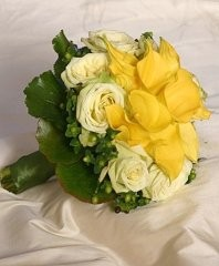 YELLOW CALLAS IVORY ROSES Bridal Wedding Bouquet in Ottawa, ON | MILLE FIORE FLORAL