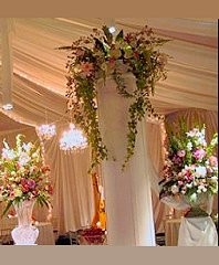 ROMANTIC COLUMN FLOWERS Wedding Reception Arrangements in Ottawa, ON | MILLE FIORE FLORAL